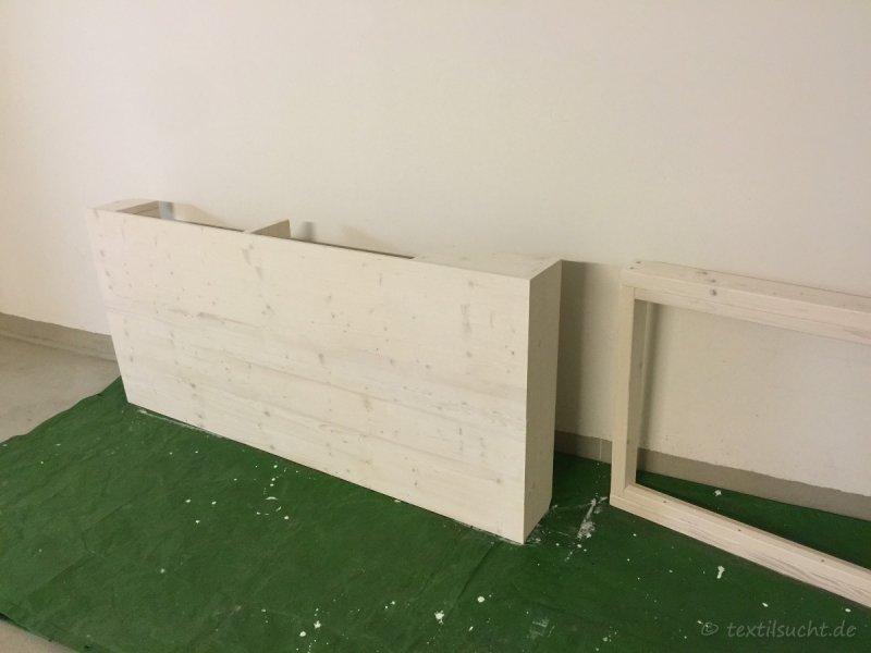 Hochbett selber bauen - Anstrich