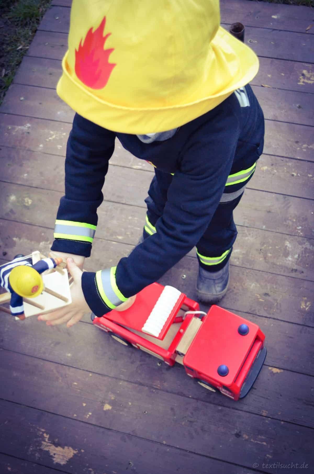 Faschingskostüm Feuerwehrmann nähen | textilsucht