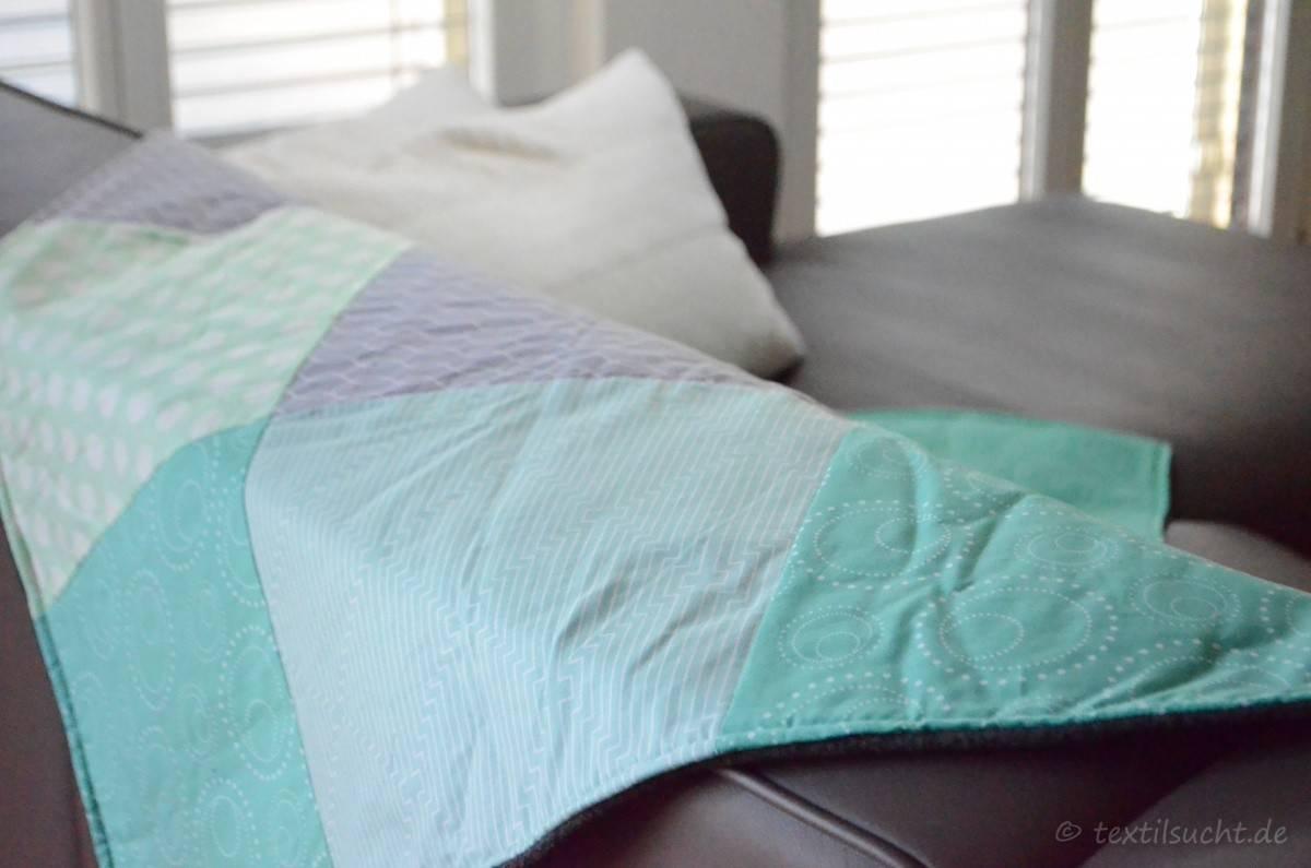dawanda diy kit patchworkdecke selber n hen textilsucht. Black Bedroom Furniture Sets. Home Design Ideas