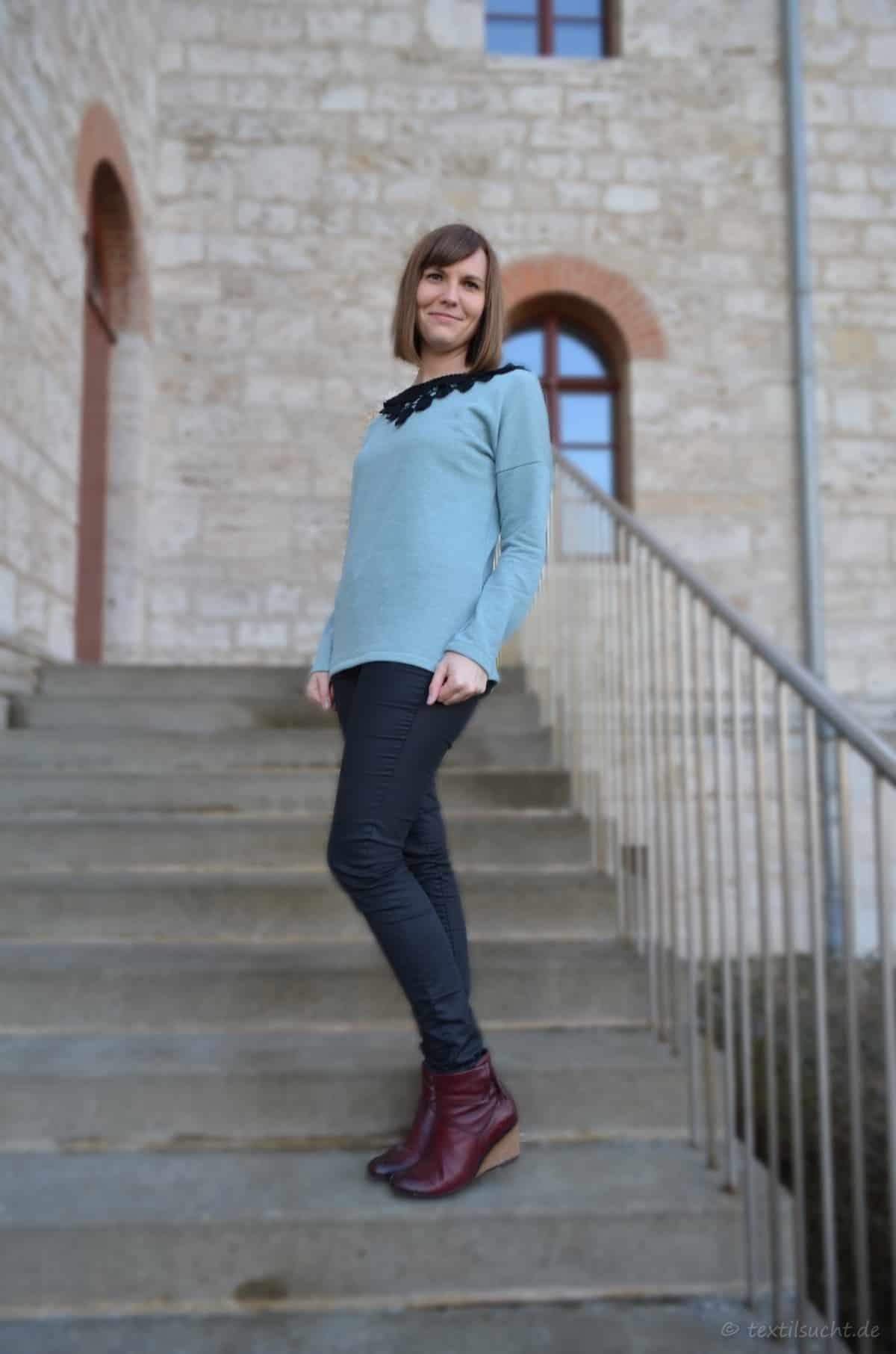 Schnittmuster Damenshirt Amylee mit Spitzenkragen | textilsucht.de