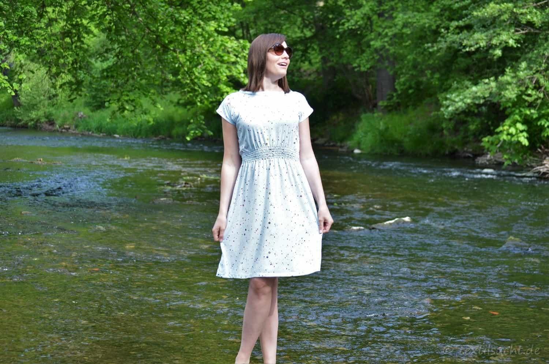 Schnittmuster Kleid: Federleicht Basisschnitt Sommerkleid - Bild 1