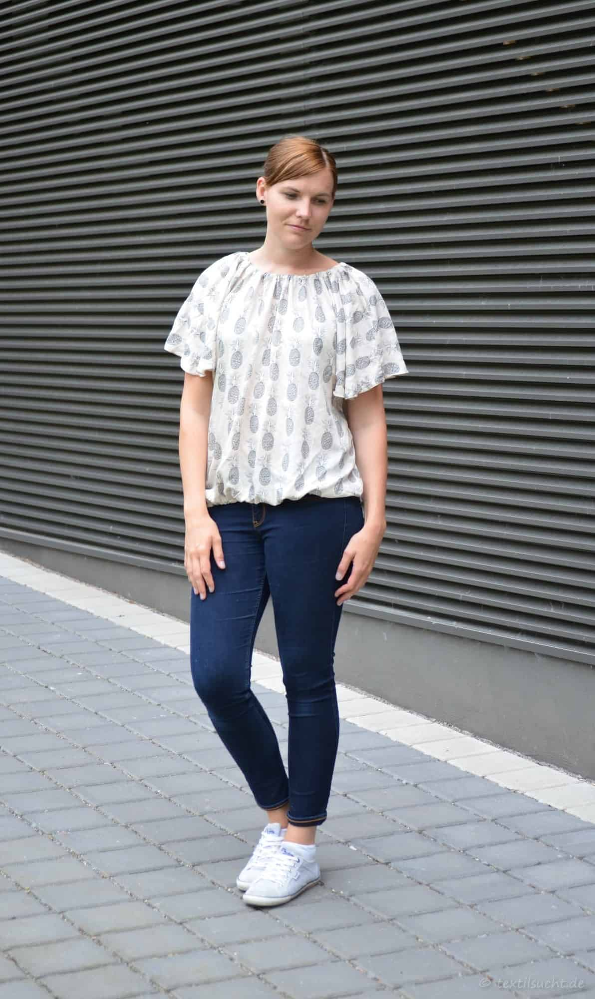 Shirt Schwerelos als normales oder Off-Shoulder Shirt | Bild 2