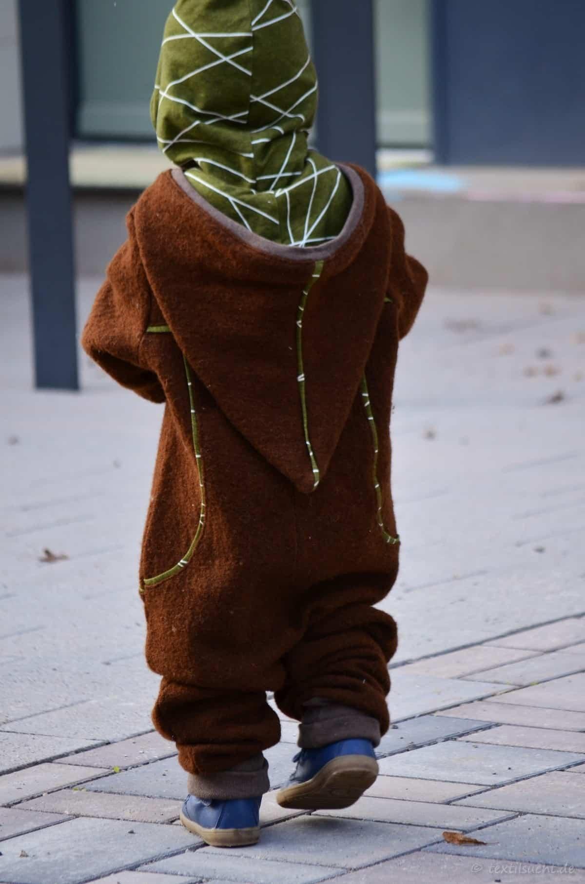 Draußenkind von Lotte und Ludwig als Overall aus Wollwalk - Bild 3 | textilsucht.de