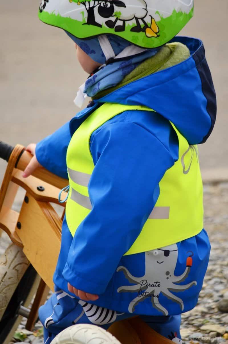 Warnweste für Kinder selber nähen: Nähanleitung und Schnittmuster - Bild 1 | textilsucht.de