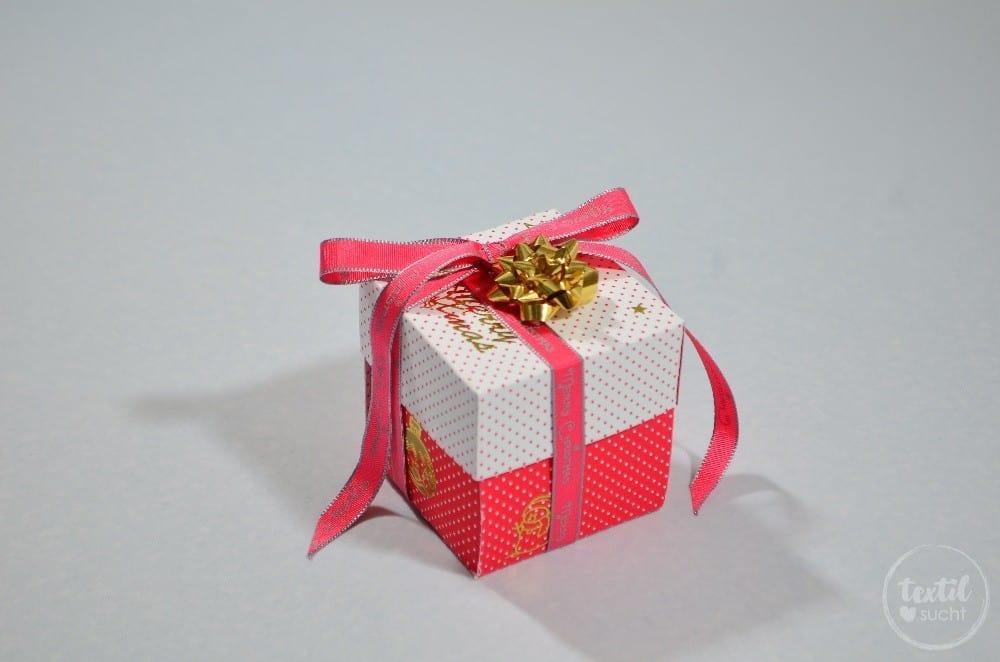 Zeit verschenken: 15 Minuten Weihnachten - Bastelanleitung - Bild 8 | textilsucht.de