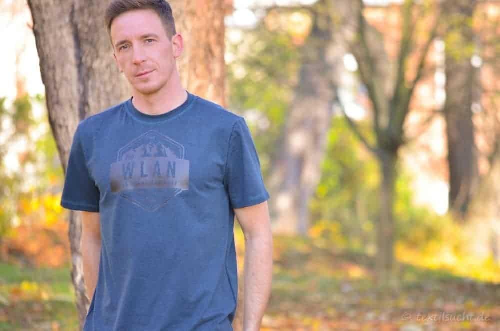 """Nähen für Männer: Rio Shirt mit Plot """"No WLAN"""""""