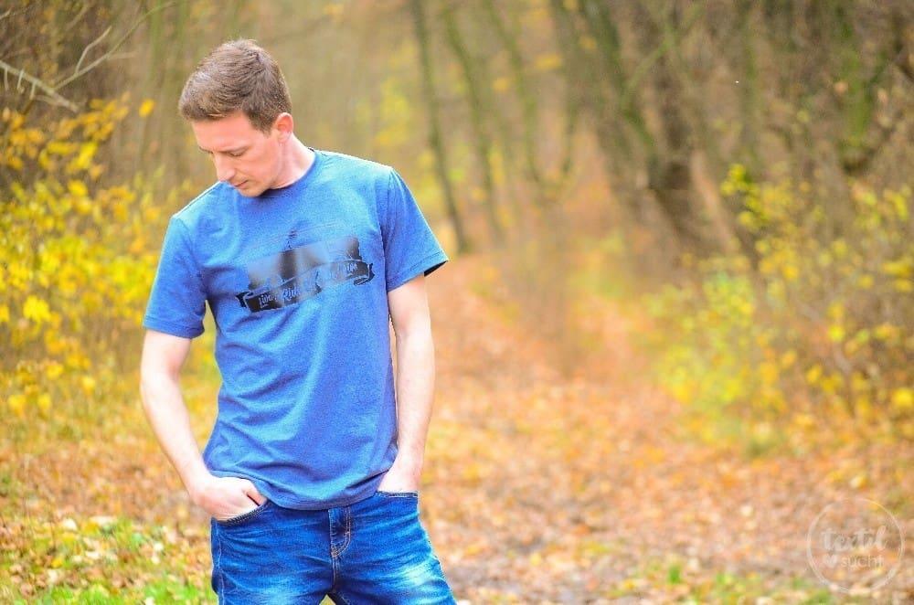 Nähen für Männer: Schnittmuster Herrenshirt Rio als Kurzarmshirt mit Bulli Plott - 1 | textilsucht.de