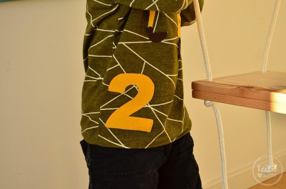 Ein selbstgenähtes Baggershirt zum zweiten Geburtstag - Bild 1 | textilsucht.de