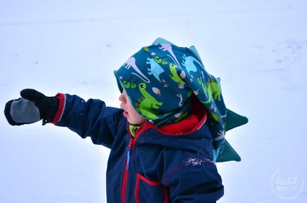 Kindermütze nähen: Dinomütze und Loop aus Dinostoff