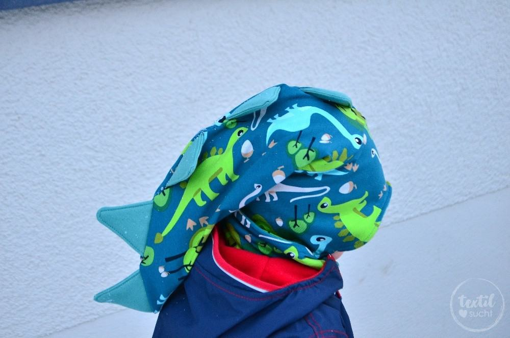 Eine Dinomütze aus coolem Dinostoff - Bild 5 | textilsucht.de
