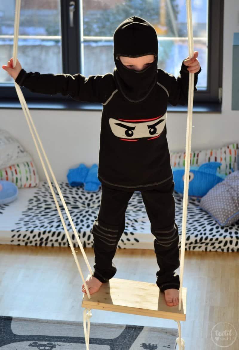 Faschingskostüm nähen: Ein selbstgenähtes Ninjakostüm - Bild 1 | textilsucht.de