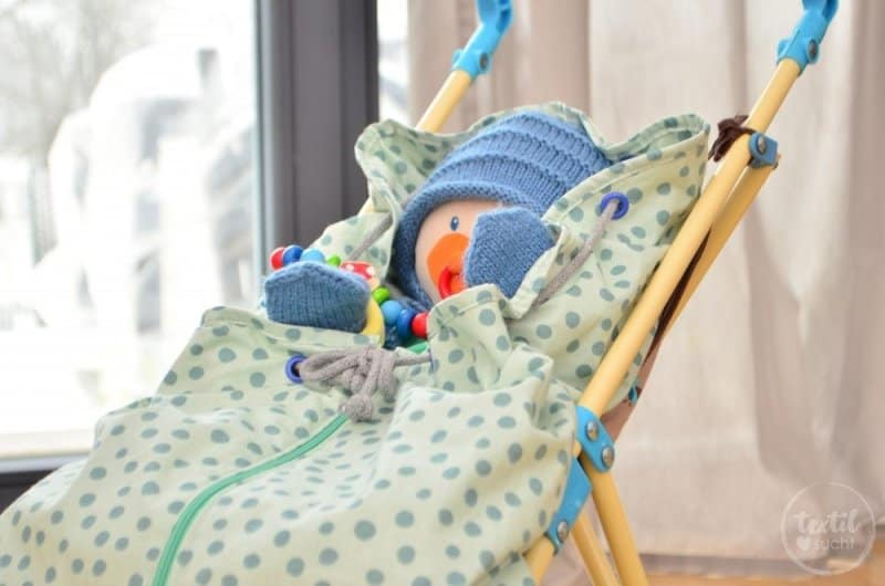 Kostenlose Nähanleitung: Fußsack für den Puppenwagen nähen - Bild 16 | textilsucht.de
