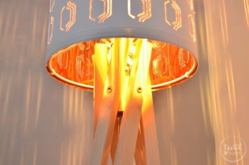 Eine selbstgebaute Designerlampe aus Buchenholz - Bild 1 | textilsucht.de