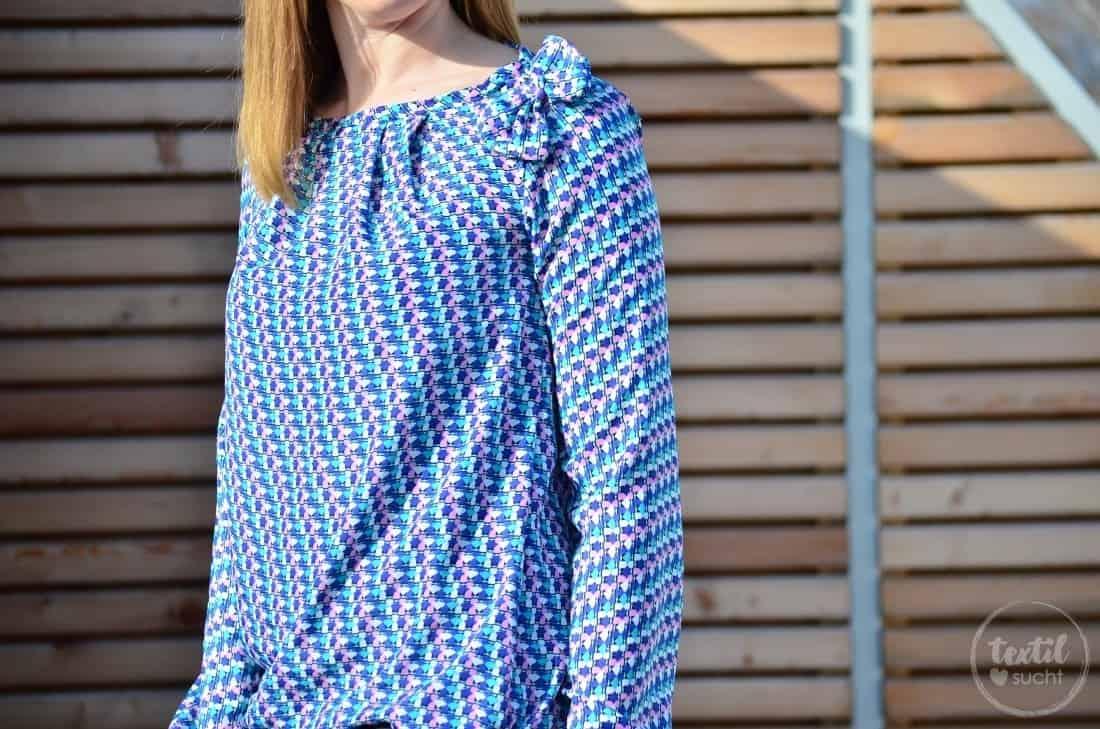 Bluse Moana mit Gumizug im Saum und Bündchen - Bild 2 | textilsucht.de