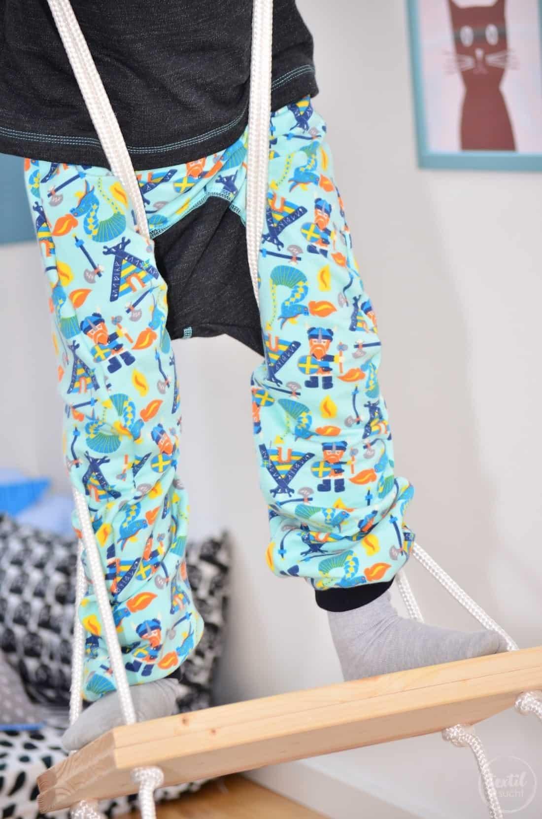 Kinderkleidung nähen: Pullover und Hose aus Wikinger Sweat von Swafing - Bild 2 | textilsucht.de