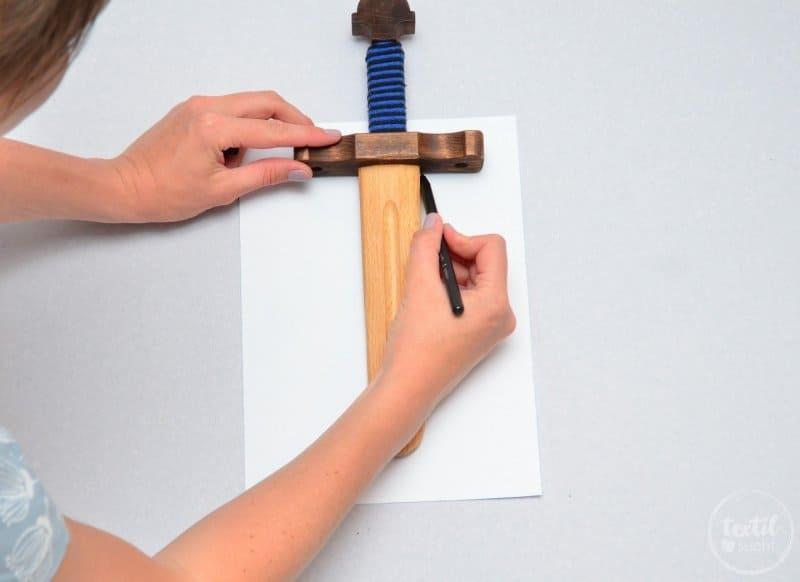 Schwerthülle nähen aus Snap Pap - Schritt 1 | textilsucht