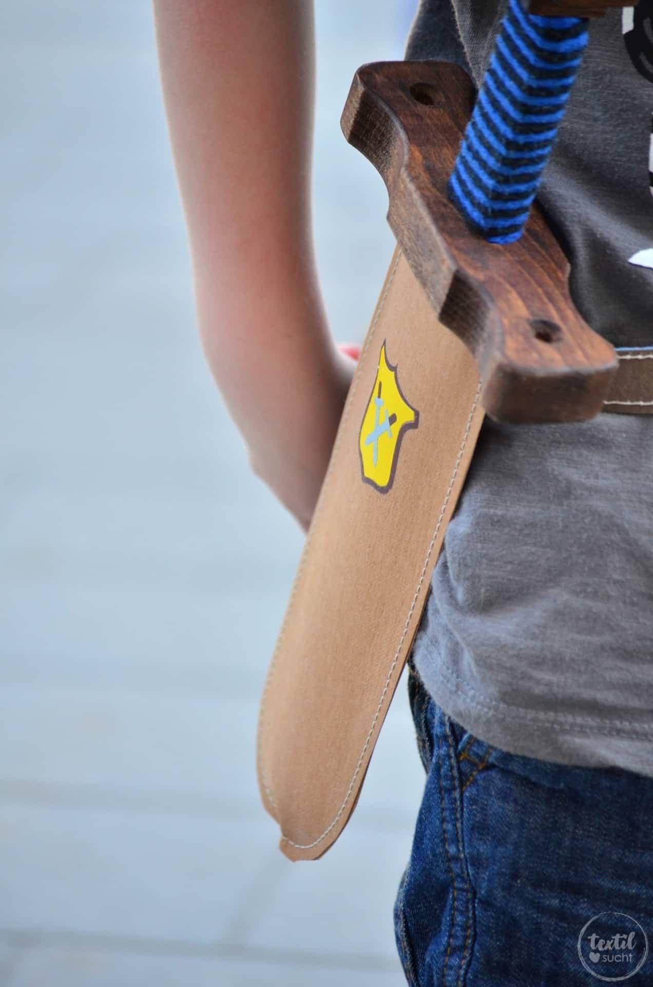 Schwerthülle nähen aus Snap Pap - Bild 1 | textilsucht