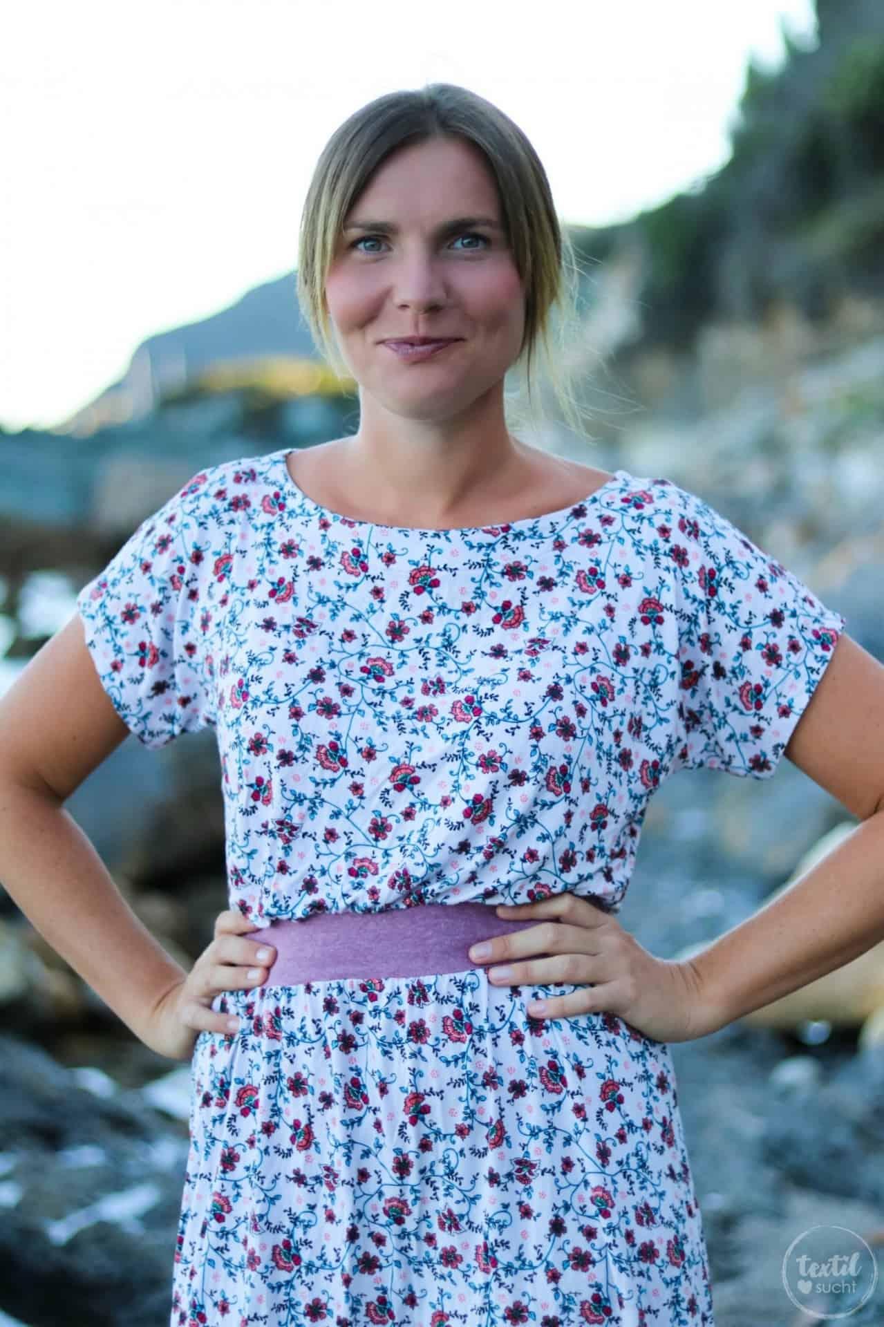 Mein neues Lieblings-Sommerkleid mit Blumenmuster - Bild 1 | textilsucht.de