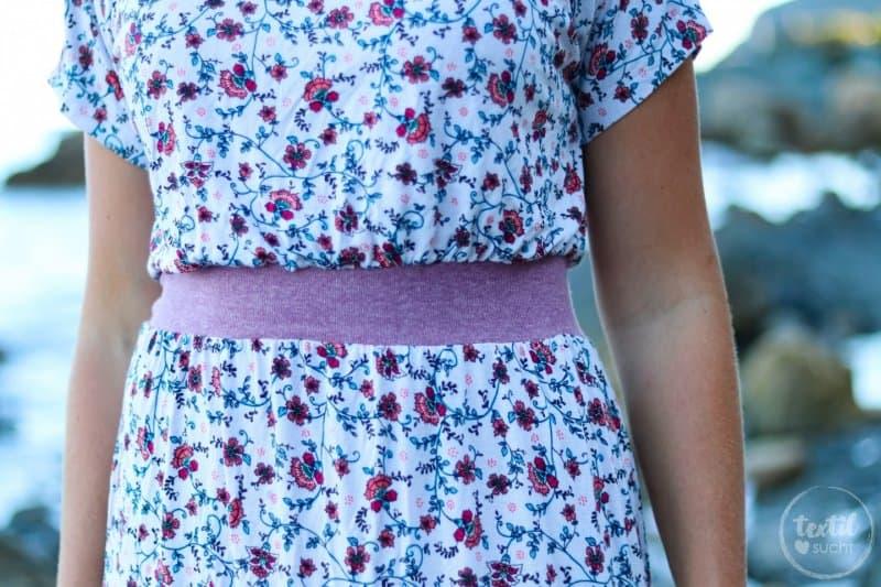 Mein neues Lieblings-Sommerkleid mit Blumenmuster - Bild 3 | textilsucht.de