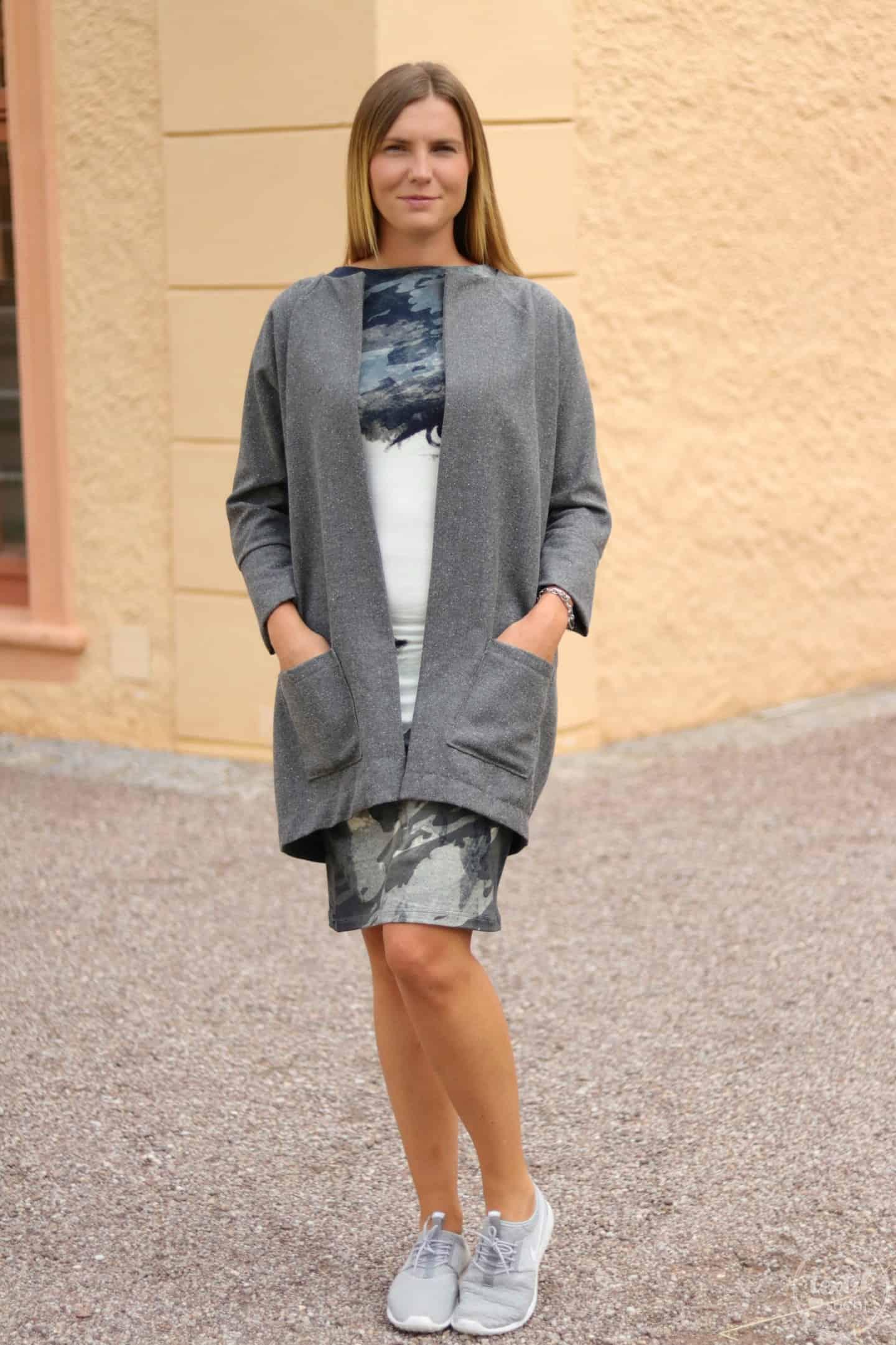 Mein neuer Egg-Shape-Mantel - Frau Ava von Hedi näht - Bild 7 | textilsucht
