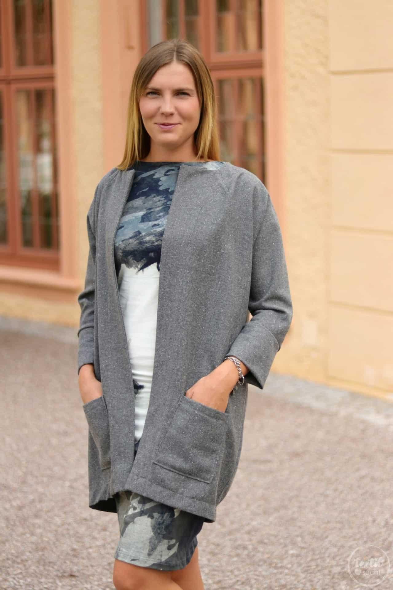 Mein neuer Egg-Shape-Mantel - Frau Ava von Hedi näht - Bild 3 | textilsucht