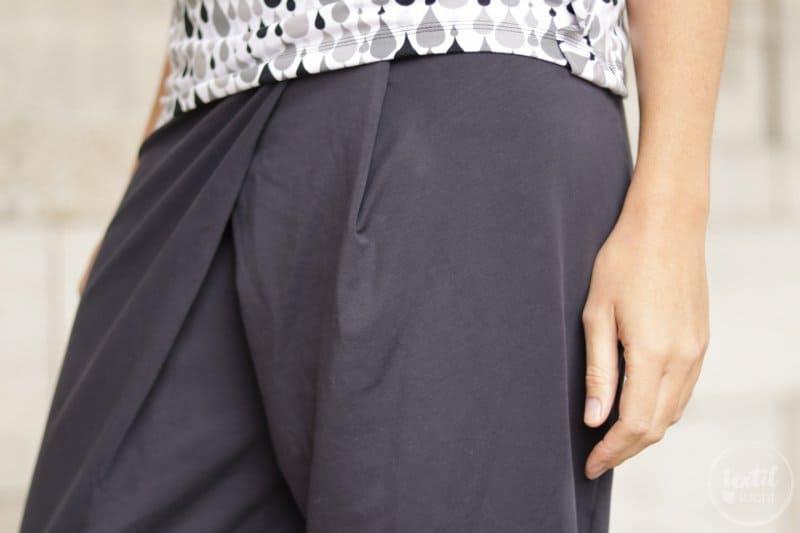 Schnittmuster kombinieren: Shirt Rüschli, Cardigan Lani und Hose Romana - Bild 7 | textilsucht.de