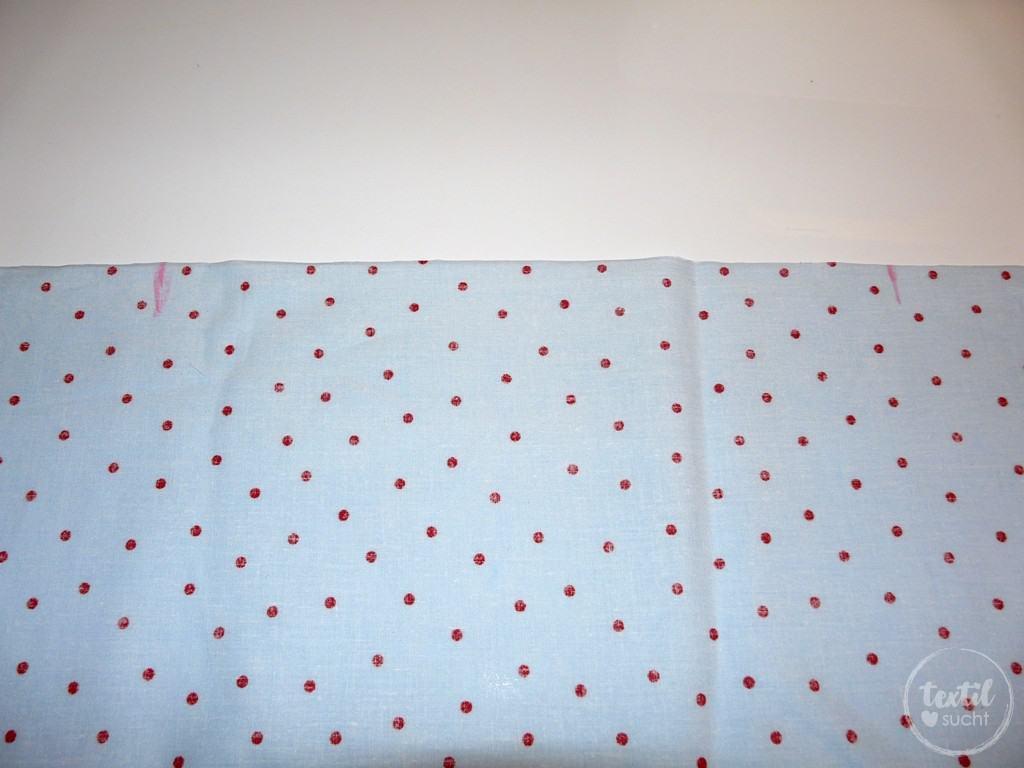 Nähschule: Einkräuseln mit der Nähmaschine - Schritt 1 | textilsucht.de