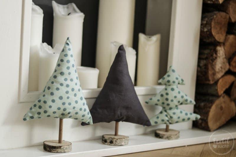 DIY Weihnachtsbäume aus Stoffresten basteln