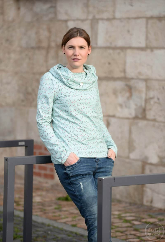 Neues Schnittmuster online: Shirt Anjuta mit Kuschelkragen - Bild 2 | textilsucht.de