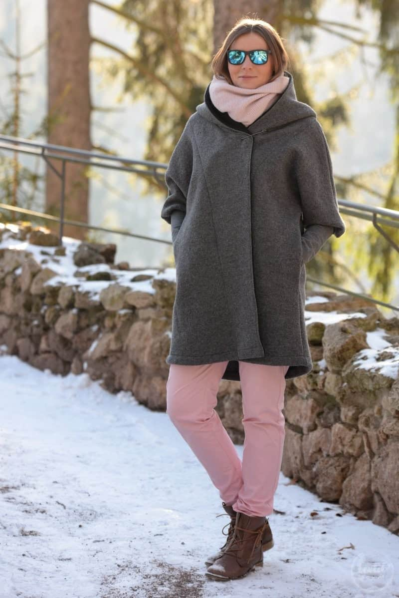 Schnittmuster Oversizejacke Mikala aus Wollwalk - Bild 2 | textilsucht