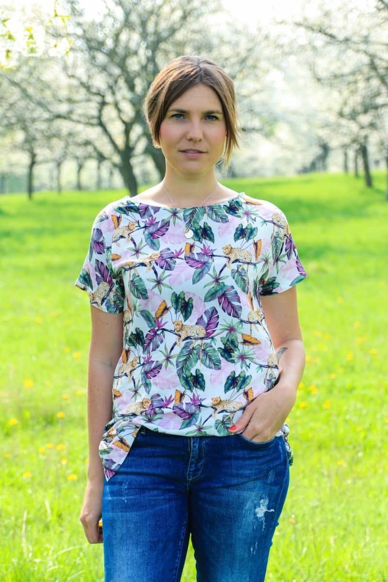 Shirt Lilla aus Webware mit seitlichem Schlitz - Bild 4