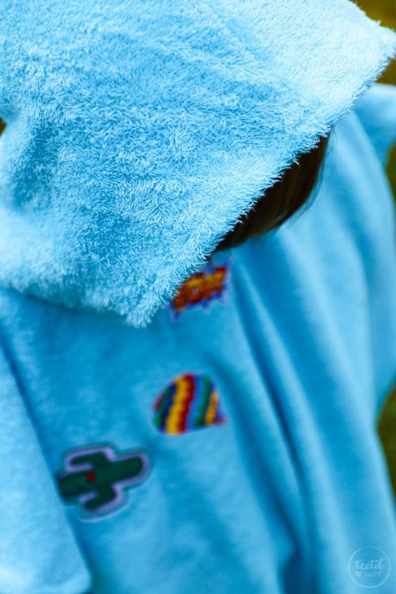 Nähanleitung: Badeponcho mit Kapuze selber nähen - Bild 2 | textilsucht.de