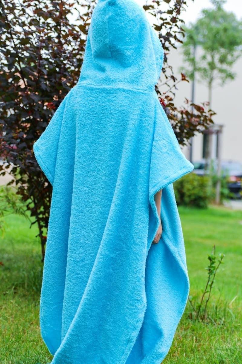 Nähanleitung: Badeponcho mit Kapuze selber nähen - Bild 3 | textilsucht.de