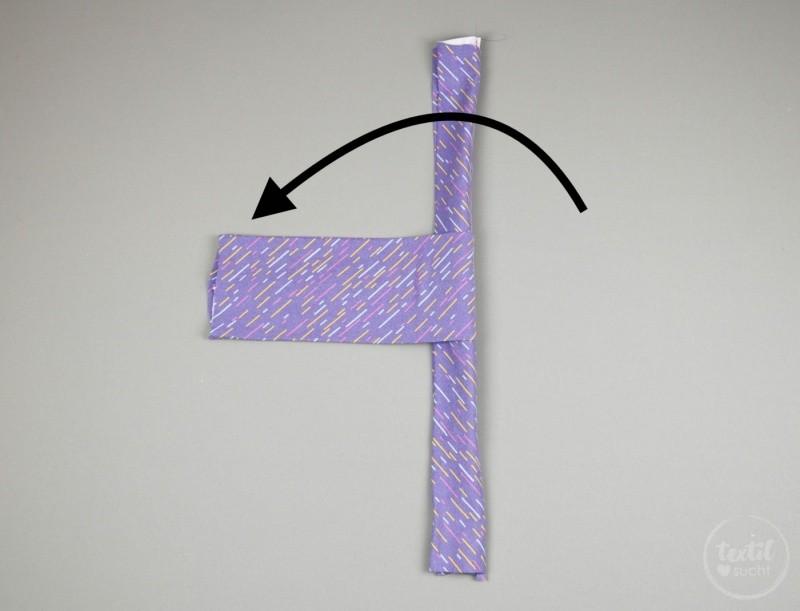 Kostenlose Nähanleitung: Knotenhaarband nähen - Schritt 4 | textilsucht.de
