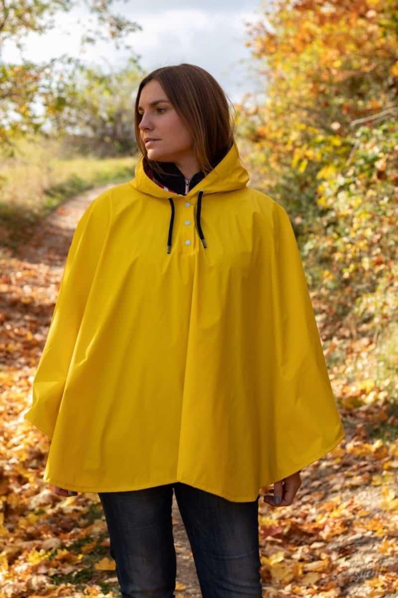 Regenponcho selber nähen - Bild 1 | textilsucht.de