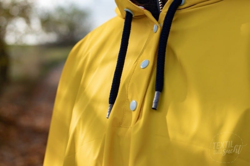 Regenponcho selber nähen - Bild 3 | textilsucht.de
