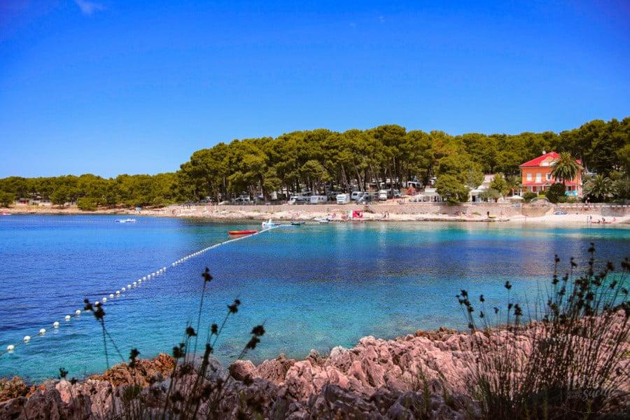 Camping Kroatien: Die Bucht vor Camping Čikat