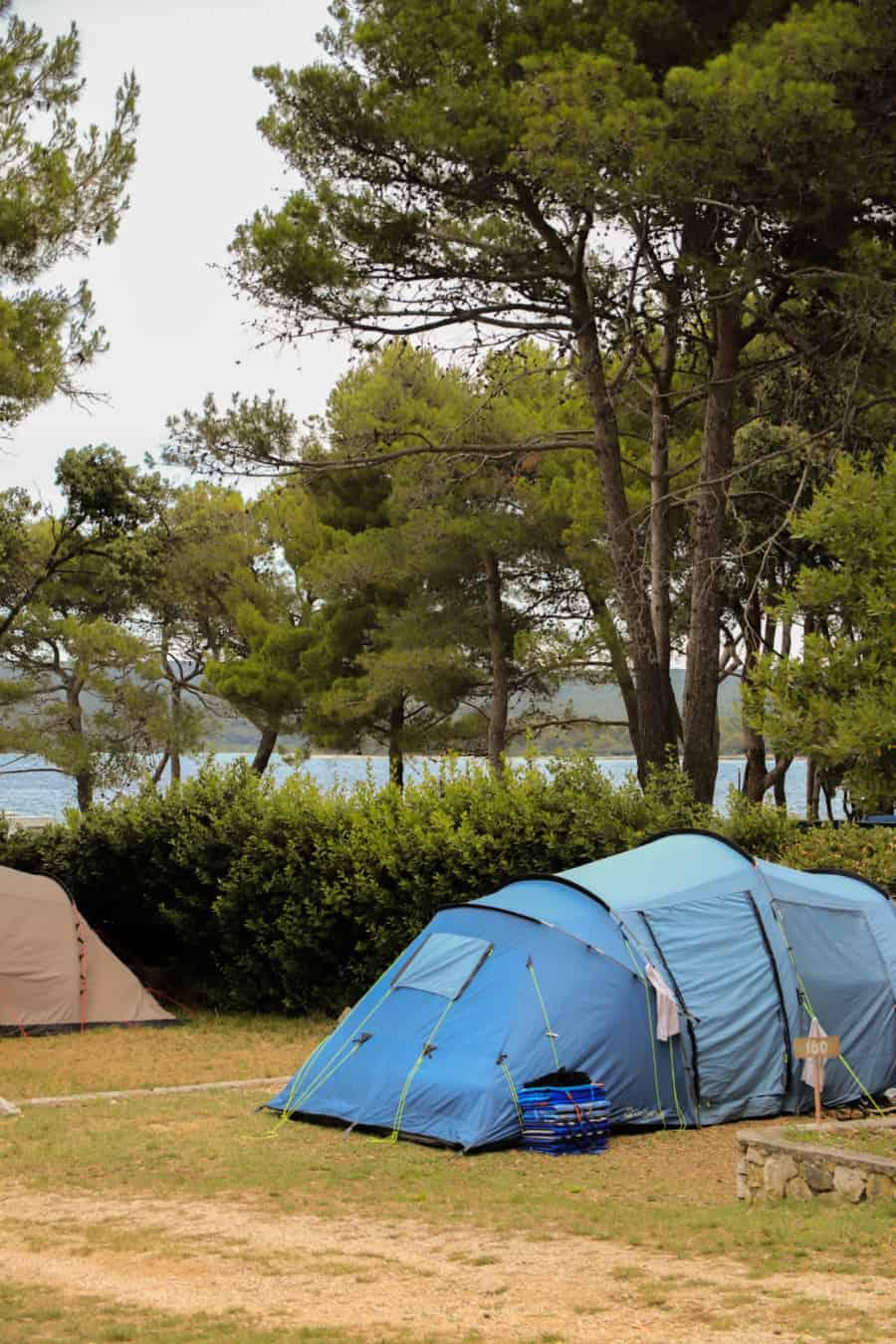 Campingplätze Kroatien: Camping Rapoća - Stellplatz mit Zelt