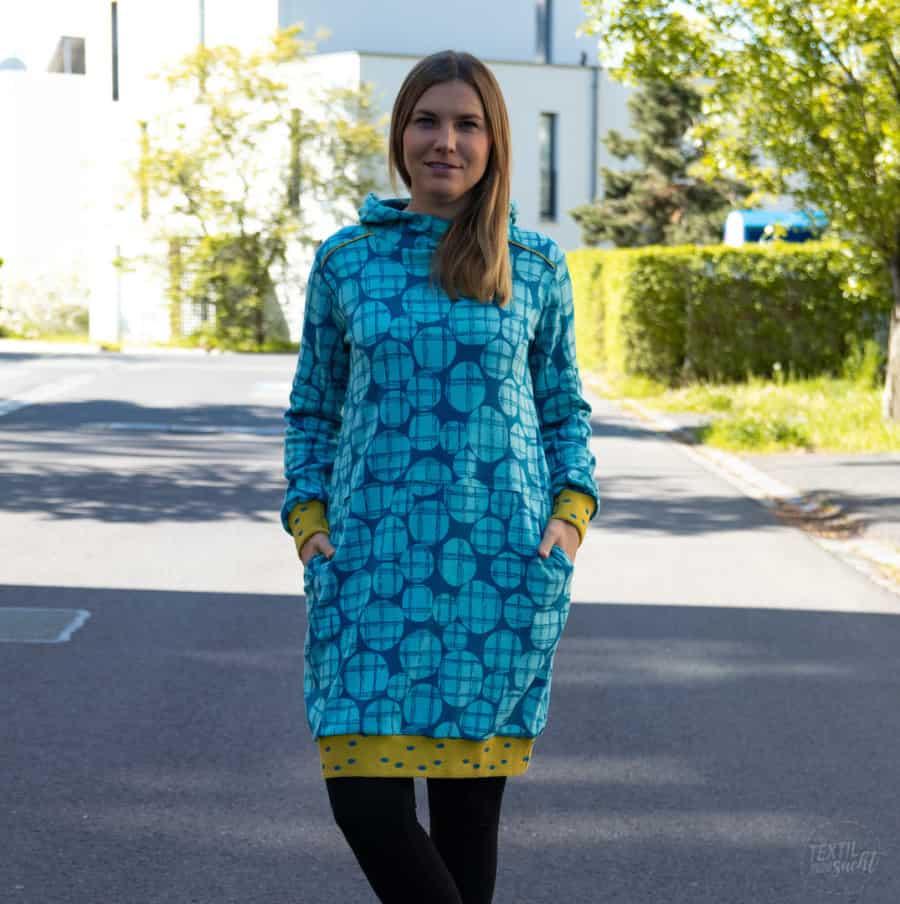 Schnittmuster Hoodiekleid Luiza von Textilsucht